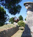 Istrien - Pula - Alte römische Festungsmauer als Attraktion der Altstadt